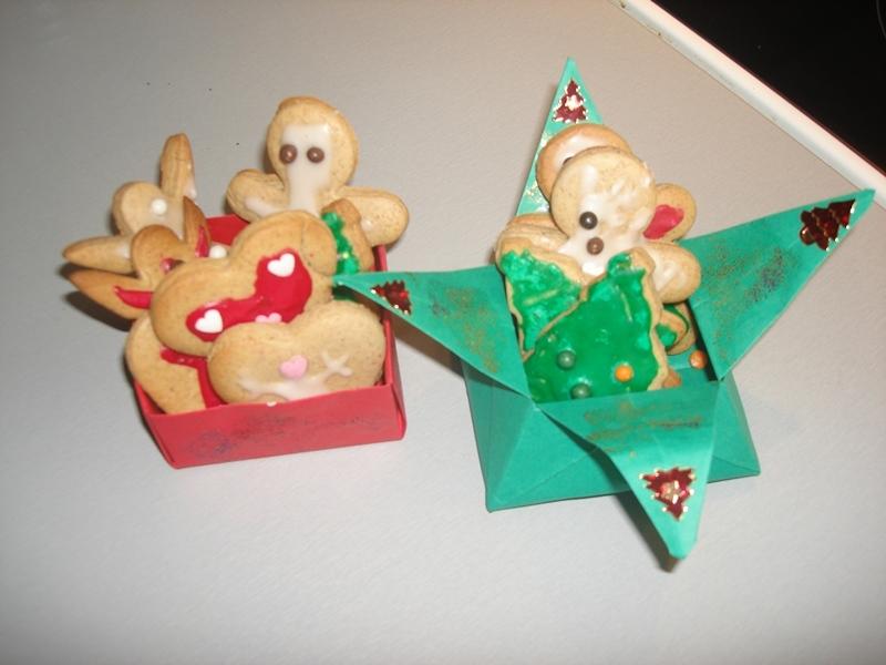 Boite origami pour les sabl s de no l boite origami - Origami pour noel ...